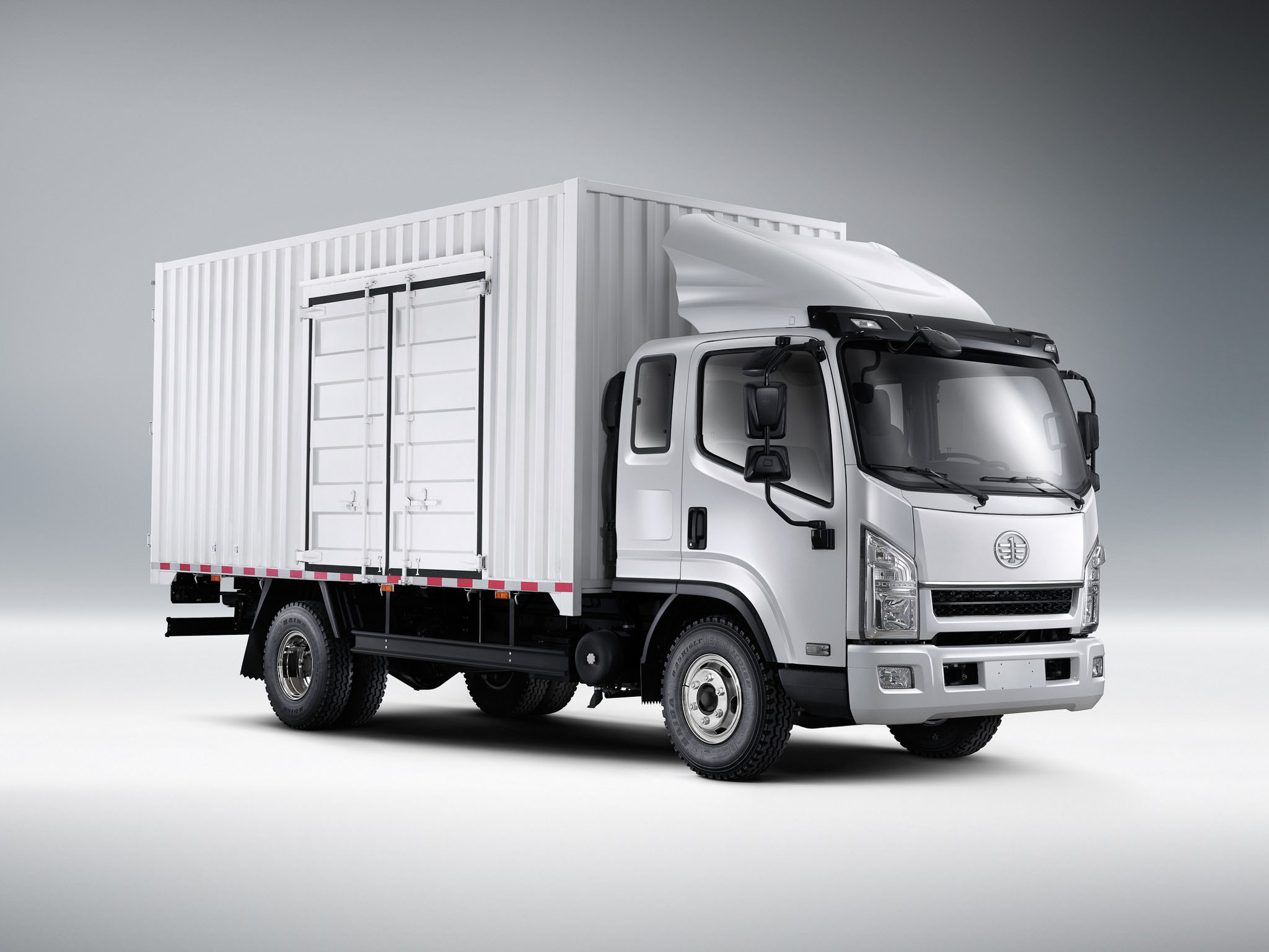 فروش ویژه کامیونت 8 تن فاو