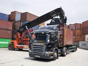 بررسی صنعت حمل ونقل جاده ای کشور