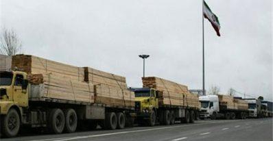 خسارت روزانه 500.000 هزار تومانی به کامیون داران به دلیل توقف بار در مرزها